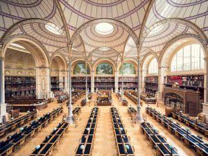 Гавани для литературы: 8 библиотек глазами фотографа Тибо Пуарье