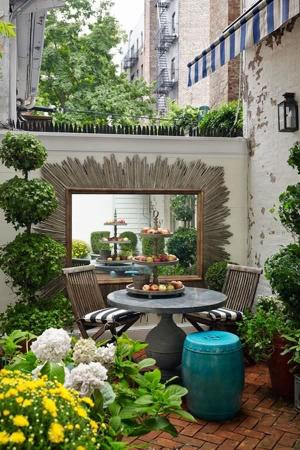 Размер уюту не помеха: 25 примеров обустройства небольшого дворика