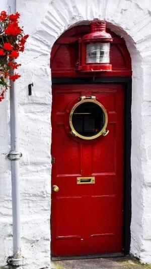 30 фантастических дверей со всего мира