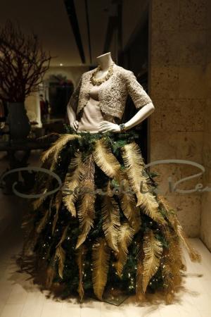 Ёлки-платья! Крутая идея для тех, кому надоели обычные новогодние деревца