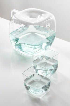 Кувшин для/из воды