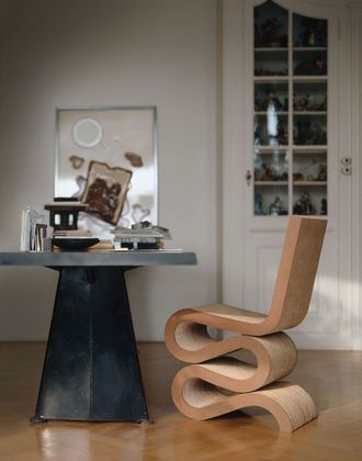 Wiggle Side Chair в интерьере