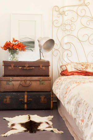 11 идей использования старого чемодана
